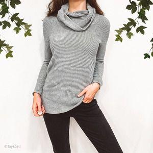 Vince Camuto Asymmetrical Hem Cowl Neck Sweater XS